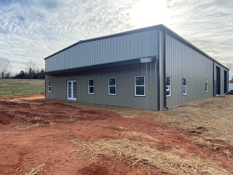 Pre-Engineered Custom Metal Garage Building